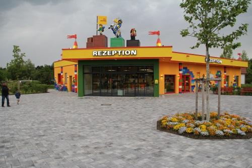 Legoland-Feriendorf-Rezeption